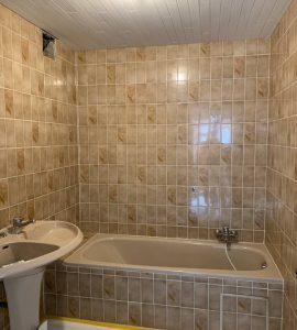 Prijs-offerte-badkamer-laten-schilderen-Hasselt-Limburg-voor